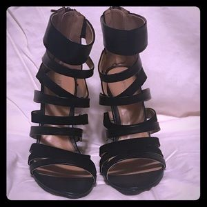Express strappy black wedges size7